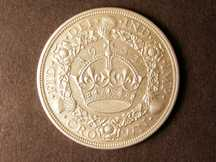 London Coins : A124 : Lot 223 : Crown 1933 ESC 373 EF