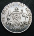 London Coins : A133 : Lot 1256 : Australia Florin 1921 KM#27 EF with full centre diamond and all pearls visible