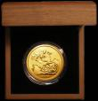 London Coins : A165 : Lot 1540 : Five Pounds Gold 2009 S.SE11 BU in the Royal Mint box of issue with certificate