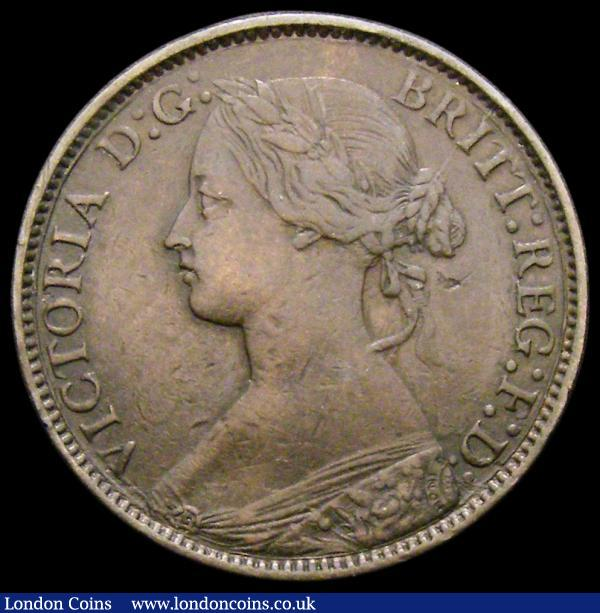 Farthing 1875H 5 Berries in wreath, with full brooch, perfect E in REG, Freeman 530 dies 3+C NVF/GF, Very Rare and rated R17 by Freeman, we note a similar example sold in London Coins Auction A149 Lot 2017 for £350 hammer price : English Coins : Auction 167 : Lot 535