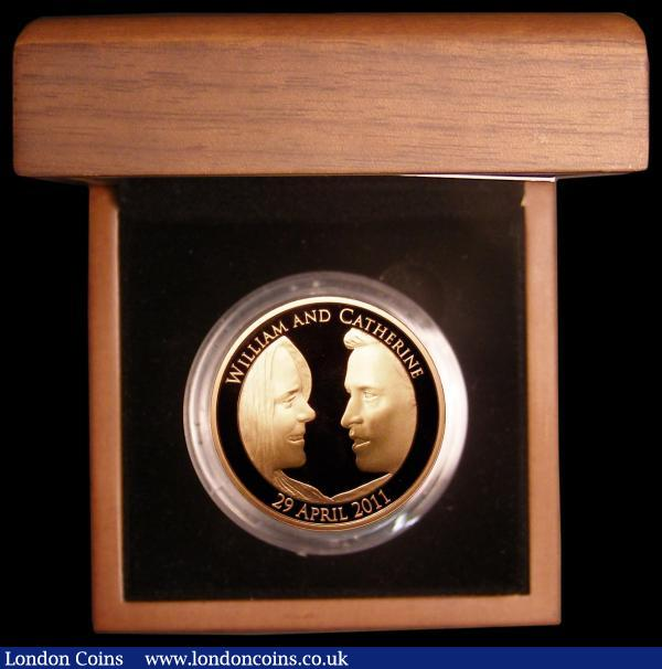 Five Pound Crown 2011 Royal Wedding of Prince William and Catherine Middleton Gold Proof S.L22 FDC in the Royal Mint box of issue with certificate : English Cased : Auction 168 : Lot 410