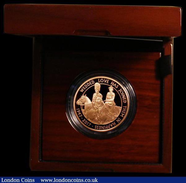 Five Pound Crown 2017 Queen Elizabeth II and Prince Philip 70th Wedding Anniversary Gold Proof S.L57 FDC in the Royal Mint box of issue with certificate : English Cased : Auction 168 : Lot 416