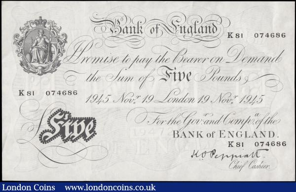 Five Pounds Peppiatt White Note thick paper B255 dated 19th November 1945 K81 074686, GVF looks better : English Banknotes : Auction 169 : Lot 43