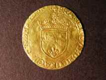 London Coins : A122 : Lot 1351 : France Ecu D'Or au soliel Francis I, 1515-1547. 26mm in diameter. Obverse. Crowned shield, f...