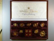 London Coins : A122 : Lot 920 : United Kingdom Golden Jubilee Gold Proof Set 2002 very impressive Royal Mint issue comprising 2002 &...