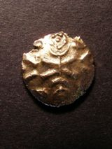 London Coins : A125 : Lot 640 : Corieltauvi, Vep Corf gold stater. Wreath design, R. disjointed horse left, VEP above ho...