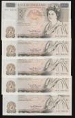 London Coins : A172 : Lot 43 : Fifty pounds Somerset B352 issued 1981 (5 consecutives) series B10 323130 through to B10 323134, Chr...